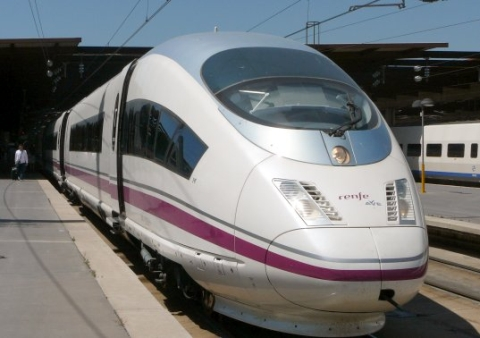 aves103a madrid barcelona train Renfes AVE S103 Train to Take on Air Transportation in Spain