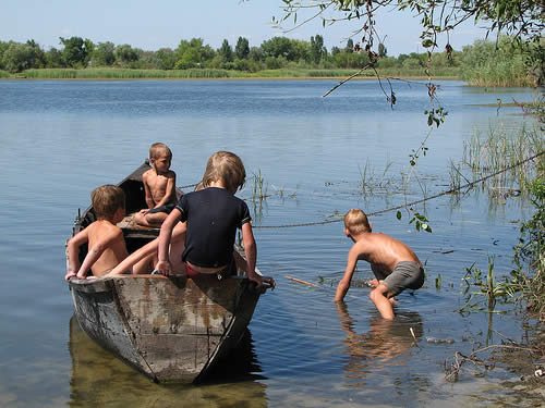 danube delta kids have fun