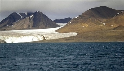 northpoleicefree North Pole Ice Free This Summer?