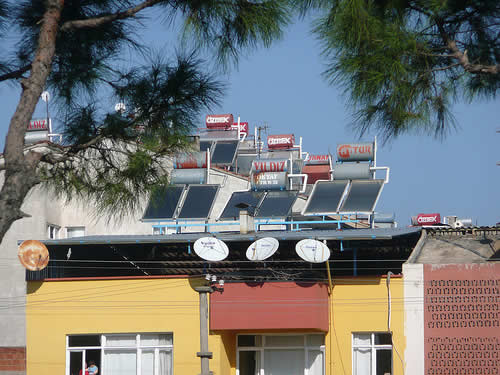rooftop solar water heater panels New Law in Hawaii : New Homes Need Solar Water Heaters