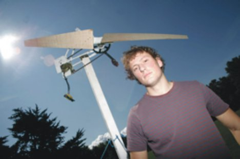 cheapwindturbine Do it yourself Wind Turbine Made from Scrap