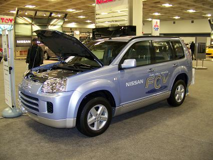 11 14 063 Nissans FCV (Fuel Cell Vehicle)