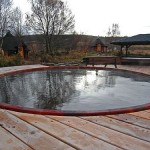seaotter-wood-hot-tub