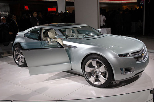 Chevrolet Volt General Motors geared up to play a big role in meeting US goal of hybrid vehicles