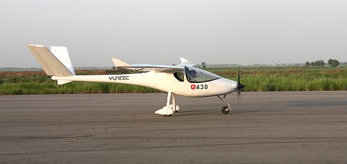 Yuneec E430 Electric Airplane 2 Yuneec E430: The first electric plane to be commercially produced