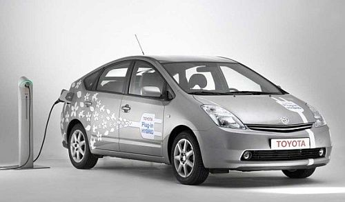 Plug in Toyota Prius Hybrid Google Gets Working on Smart Charging for Electric Vehicles