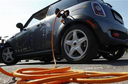 electric cars5 Electric Cars Arent Really All That Green, say Scientists