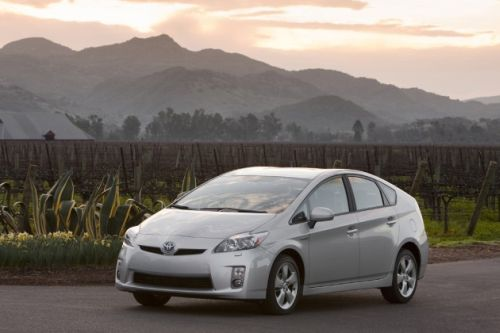 prius Rumors Point to Prius Coupe and MPV