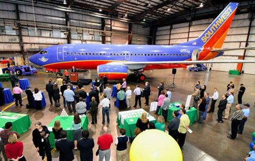 southwest green plain Southwest Airlines Shows its new, Green Prototype Aircraft