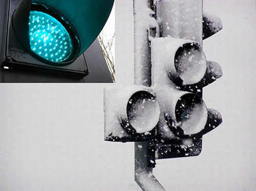 led traffic lights snow photo01 LED Traffic Lights Become Useless in Heavy Snow
