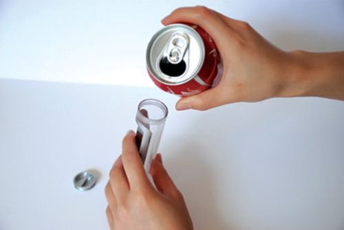 sugar powered mobile 2 Mobile Phone Concept Runs on Sugary Drinks