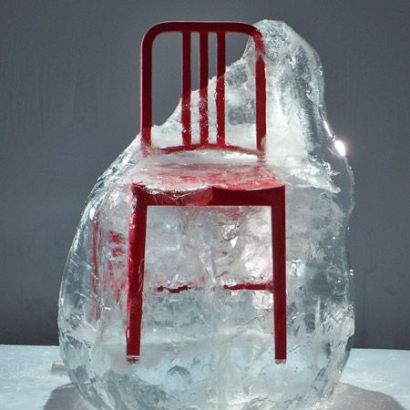 navy chair from recycled pet bottles The 111 Navy Chair Made From Recycled Coca Cola Bottles
