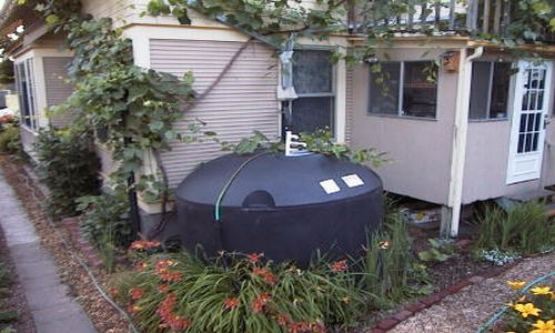 cistern DIY means to collect water using rainwater cistern