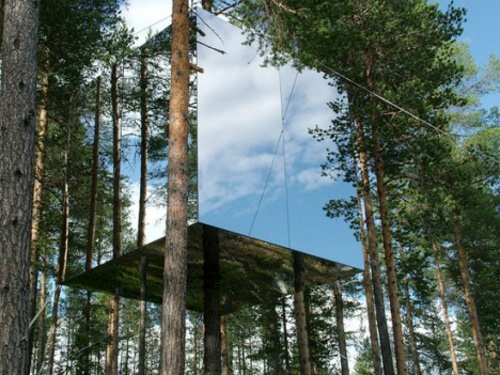mirrored treehuouse Picture Perfect Invisible Treehouse Comes Up In Sweden