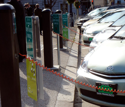 EVChargePoint EV Taxis Switch Batteries to Save Charging Time
