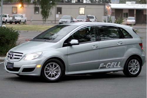 mercedes benz Mercedes B Class F cell Handed Over