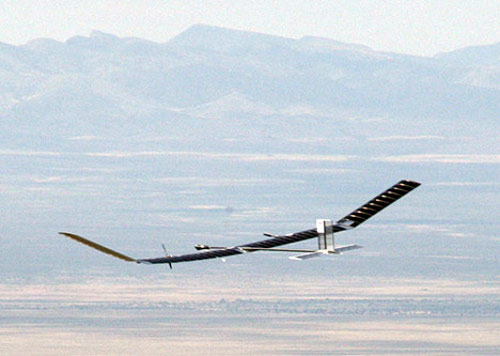 zephyr solar plane Zephyr Solar Powered Unmanned Aircrafts 3 World Records Confirmed (Video)