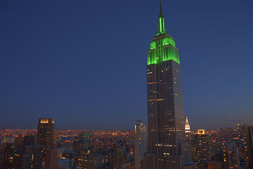 empirestate ed01 Empire State Building Turns Green!