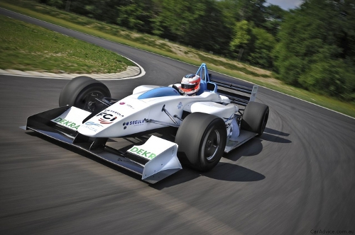 F1 1 Formulec EF01, Fastest All Electric Race Car, Set to Roar