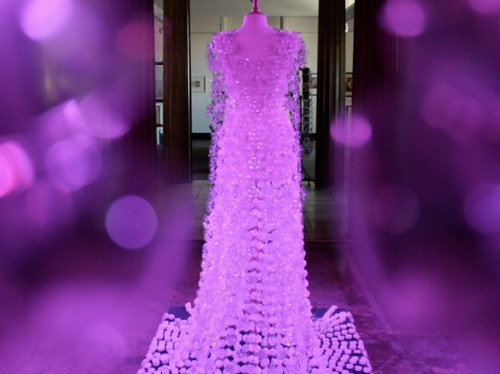 michelle brand recycled plastic bottle dress 2 537x402 Wedding Gown Made from Recycled Plastic Bottles