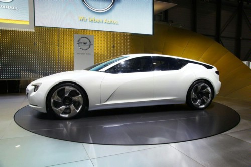 Opel planning a fuel cell flagship 41 Opel Fuel Cell Vehicle Gears Up for Post 2015 Debut