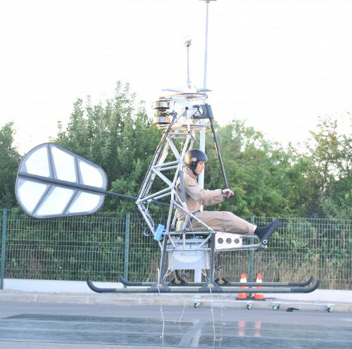 manned electric helicopter 2 First Ever Manned Electric Helicopter Takes Off