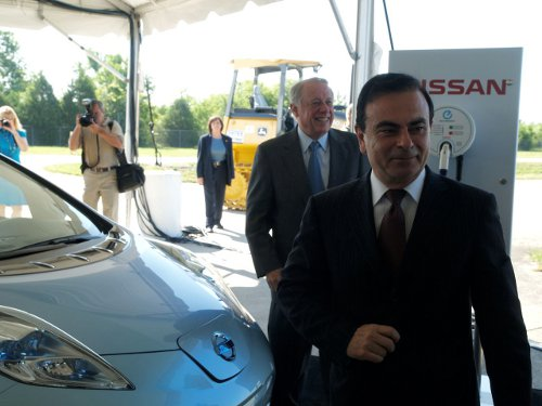 Ghosn Nissan Boss Expects EV Demand to Touch 500,000 Mark by 2020