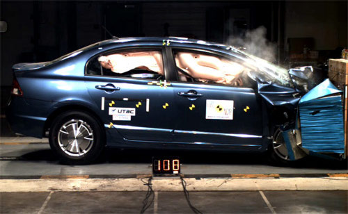 civic hybrid crash test Hybrid Car Lovers, You Are Now Safer From Injury in Crash