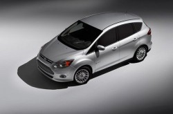 ford_c-max-hybrid_f34_11-de-as_107112.jpeg.492x0_q85_crop-smart