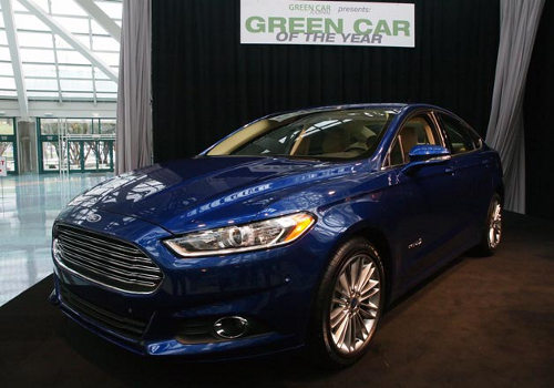 ford11 Ford Fusion Wins Green Car of Year 2013 Award