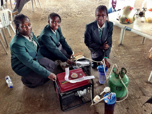 generator1 Four Nigerian Teens Invent Pee Powered Generator