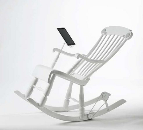 irock1 iRock Chair Charges Your iPad as You Relax