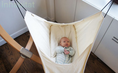 HUSHAMOK 1 Hushamok Hammock Offers Womb like Security for Newborn Babies