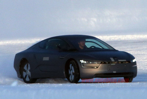 volkswagen xl1 628 1 Volkswagen XL1 Production Version Spotted During Winter Testing