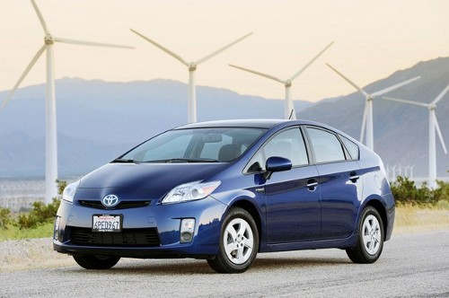 toyota prius Toyota Hybrids Getting More Fans in Europe
