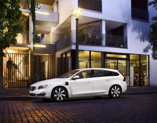 volvo Volvo to Launch Hybrid Supermini When it Gets a Suitable Partner