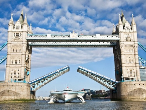 Boat London Largest Ever Solar Boat Docks in London