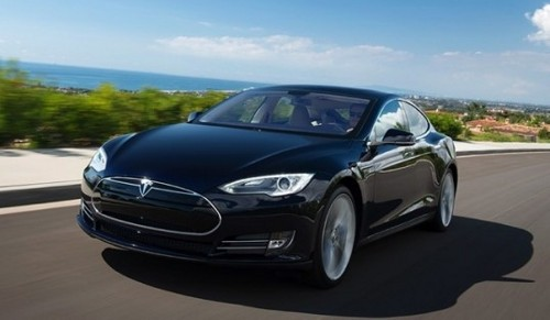 Tesla.Model .Beach  Tesla Self driving Cars to Come in 3 Years