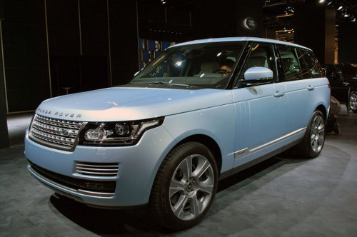 landrover Land Rover Diesel Hybrid Heading for the US Shores