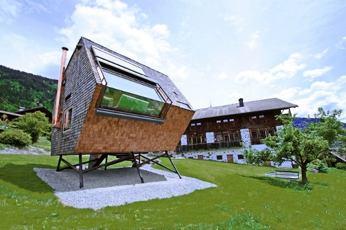 ufogel Tiny House in the Austrian Laps Waits for You
