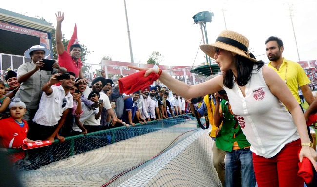 Preity Zinta at IPL 7 in Dubai 11 Star Sports live streaming IPL 7 at its official website