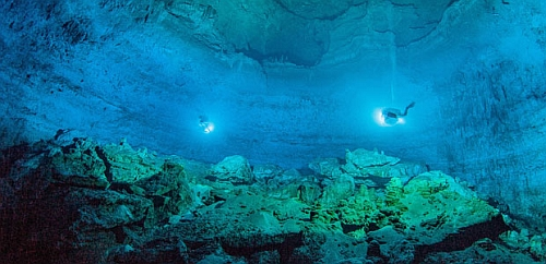 Hoyo Negro an underwater cave in Mexicos Yucatan Peninsula Ancient Skull In An Underwater Cave Reveals Origins Of Early Native Americans