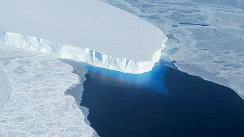 Slow collapse of ice sheet in West Antarctica NASA Reveals the Unstoppable Rate At Which Antarctica Is Melting!